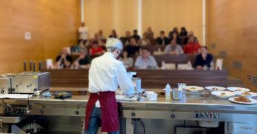 Showcooking de Jotri en ell Food Lab de Riudellots