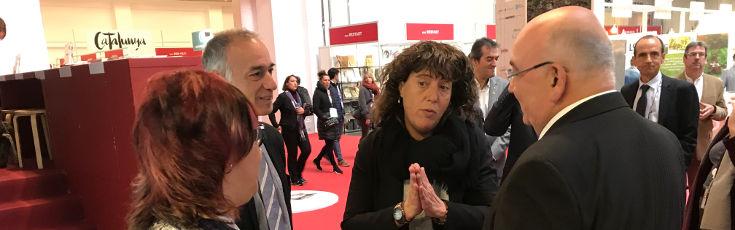 La consejera de Agricultura visita Cuinats Jotri en el Forum Gastronomico Barcelona