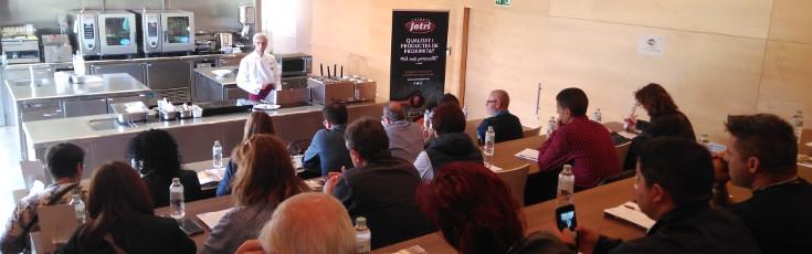 Showcooking de canelones y arroces en el Foodlab de Riudellots