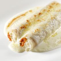 Canelones de bacalao de Islandia con pisto con bechamel y queso*