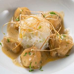 Pollo al curry con arroz Thai Jazmín