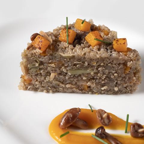 Quinoa con calabaza y setas silvestres